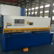 QC12K-6*3200液压摆式剪板机