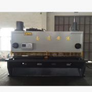 QC11Y-25*3200液压闸式剪板机 高精度 船用 铁道用