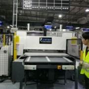 EVA拼图自动送料冲床 吸塑皮革箱包下料机精密四柱液压裁断机