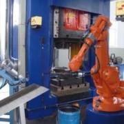 锻造 上下料机器人- 锻造自动化加工的机器人解决方案