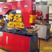 供应液压万能剪切机、剪角机、中孔机,槽钢剪切机(大量批发)